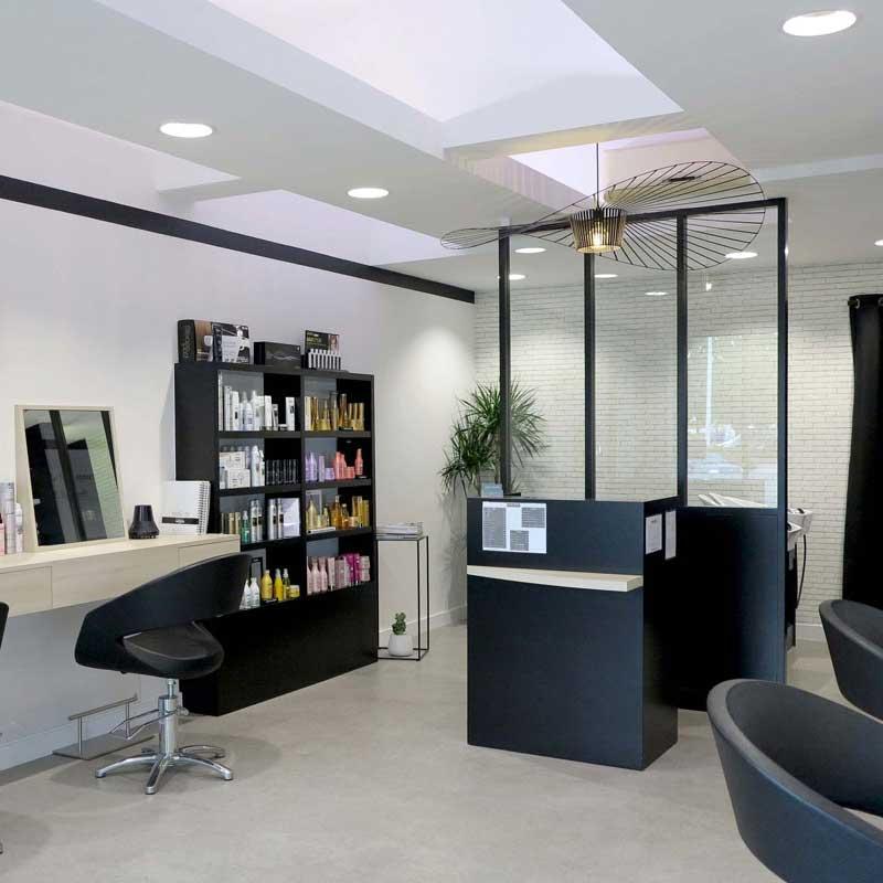 Architecture d'intérieur pour les professionnels : décoration d'un salon de coiffure à Rezé